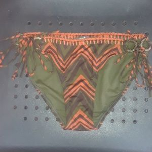 Cute orange/ brown bikini bottoms w/ wood ties